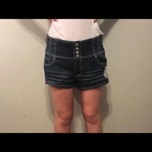 Almost Famous Pants - Shorts
